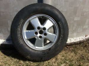 4 pneus michelin et mags ford explorer 2009