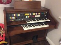 Lowrey symphonic holiday 4 channel Organ *FREE to a good home*