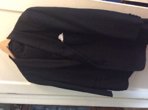 Tuxedo, noir formal,styled in France, excellent condition.