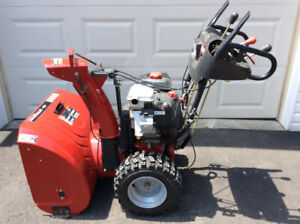 Briggs and Stratton powered 350 series,27inch snow blower