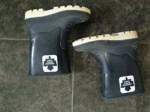 Boys Toronto Maple Leafs Rainboots size 2