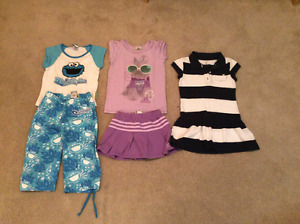 Large girls 4/5 clothing lot for all seasons