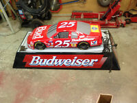 BUDWEISER NASCAR POOL TABLE LIGHT