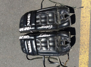 Leather Ice hockey pads