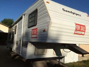 Sandpiper 5th Wheel Trailer