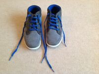 Boys trainers Marks and Spencer uk size 1
