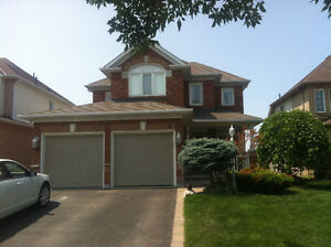 4 Beds Home in North Whitby @ Brock ST /Whitburn ST. for Rent