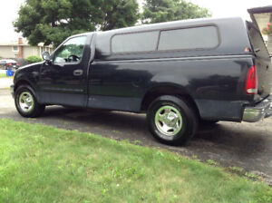 FORD F150 - 8 FOOT BED - LEER CAP - 4 NEW TIRES- KM 299,000