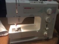Bernina 1001 sewing machine Swiss made, ex working order with power and instructions