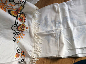 Table cloths to embroider