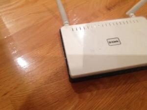 Router (2) pour Wifi  comme neuf demande $18 chaque
