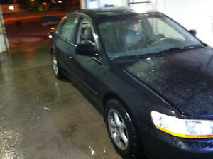 2000 Honda Accord Full equipe Berline