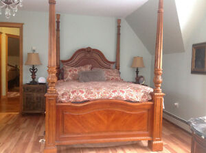 Queen size 4 post bed includes bureau and chest