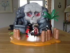 Please see edit ...Playmobil Pirate Cave/Treasure Island - Take along