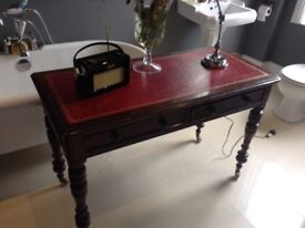 Victorian antique vintage chic desk table Chesterfield style