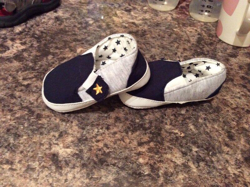 Newborn crib shoes