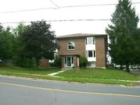 Quiet Building – Great Location 826 Fairbairn St, P.Boro-2 Bdrms