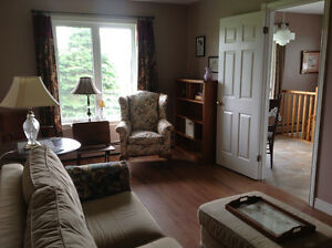 Large one bedroom, 10 minutes to Charlottetown