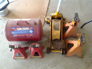 3 ton floor jack with 4 jack stands and air tank