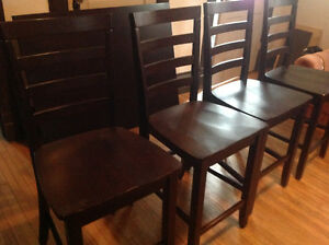4 high back woodchairs and table