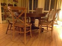 Heavy and sturdy high quality extending table