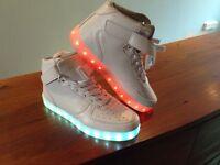 Light up moon boots size uk7