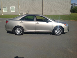 2014 Toyota Camry LE 57,450km BK up Cam , Blu Tooth 2.4L
