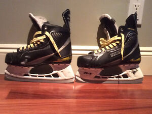 Mens Bauer Supreme One40 skates size 7D North Shore Greater Vancouver Area image 1