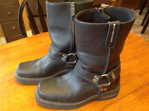 Motorcycle boots worn once