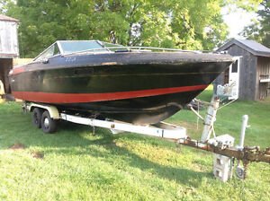 REDUCED...Merc-Cruiser Outdrive on 23' Wellcraft Boat London Ontario image 3