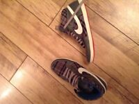 Nike shoes size 10.5 uk