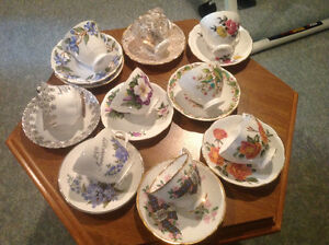 CHINA CUPS &SAUCERS