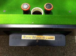 vintage brunswick bumper pool table