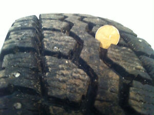 Studded winter tire LT 225/75/R16