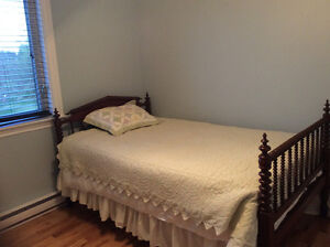 Available Now - Very Nice Room