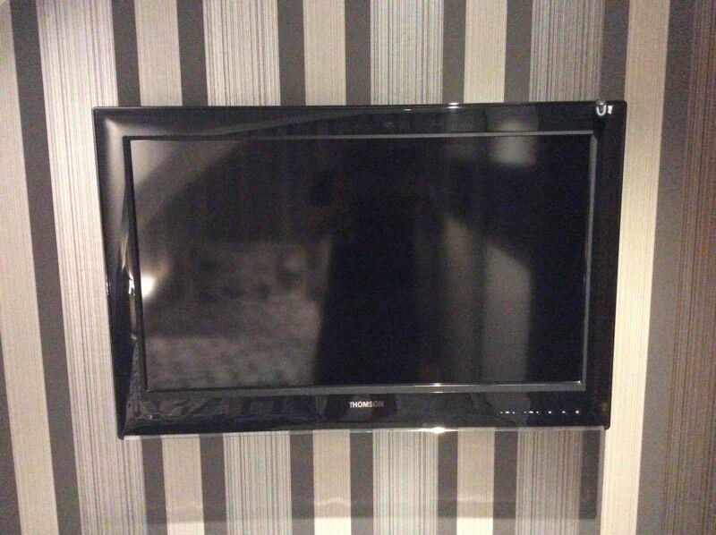 """Thomson 32"""" Inch LED TV HD Ready"""