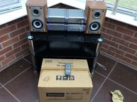 Technics SF-HD55 stereo complete with Technics SB-HD55A speakers