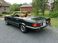 1972 Mercedes Benz coupe convertible