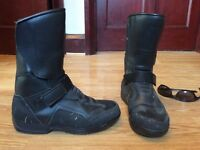 Bulls on size 4 ladies motorcycle boots