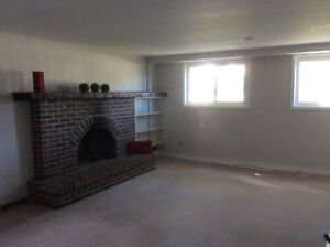 ST. CATHARINES. -  1 BEDROOM  APARTMENT
