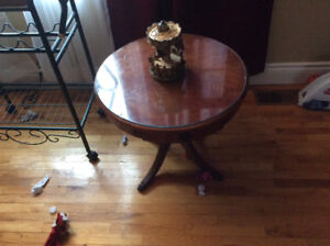 Duncan Phyfe occasional table