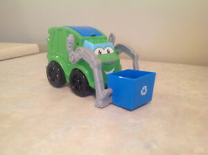 Playdough. Rowdy the garbage truck set