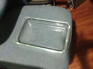 Very clean Pyrex baking dishes for sale London Ontario image 2