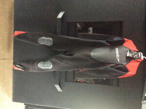 NEW SPEEDO WETSUIT. Paddle boarding, kayaking! Full suit