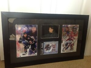 COLLECTOR HOCKEY AUTOGRAPHED ORIGINAL