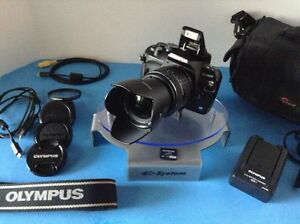 Olympus Evolt E410 Camera (Complete, MINT) System