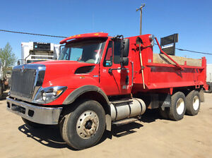 2013 International 7400 Tandem Axel Dump Truck-AUTOMATIC!