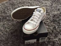 White leather converse all stars size uk 5