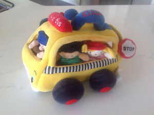 Plush School Bus Play Set