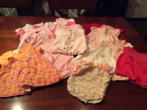 Lot of baby girl clothes, size 0-3 months
